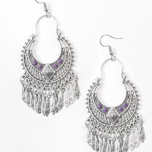 5 for $25! Paparazzi purple earrings